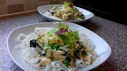 Chicken & Mushroom Pasta / Rice Noodles