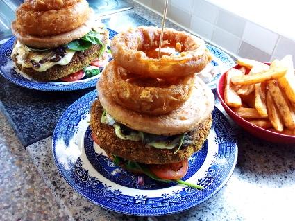 Urad Dal Punjadi Burger